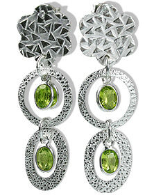 Design 12913: green peridot flower earrings