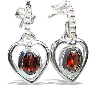 Design 13206: red garnet heart, post earrings