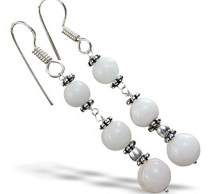 Design 14851: white snow quartz earrings