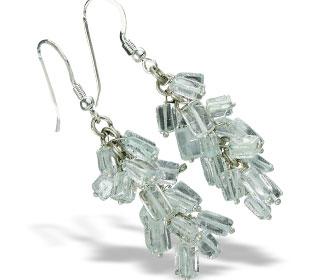 Design 16518: green aquamarine earrings
