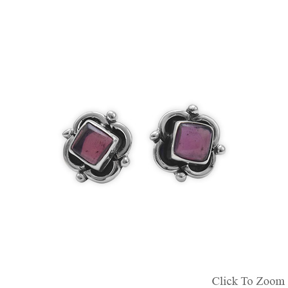 Design 21829: red garnet studs earrings