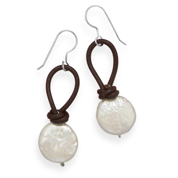 Design 21925: white pearl drop earrings
