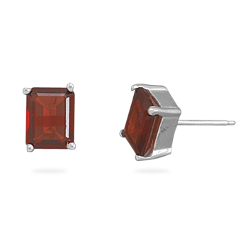 Design 22001: red garnet studs earrings