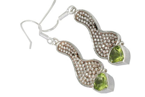 Design 9375: green peridot tribal earrings