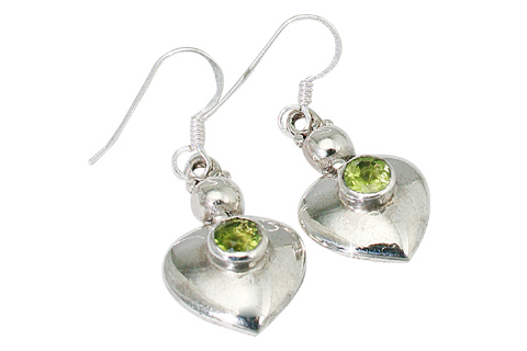 Design 9430: green peridot heart earrings