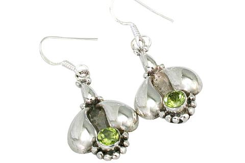 Design 9431: green peridot earrings