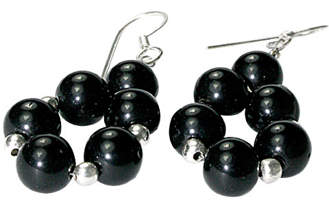 Design 9785: black onyx halloween earrings