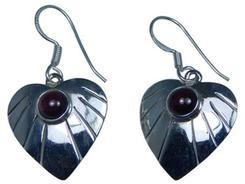 Design 20199: Red garnet earrings