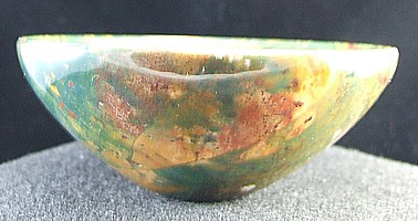 Design 8988: multi-color bloodstone bowls healing