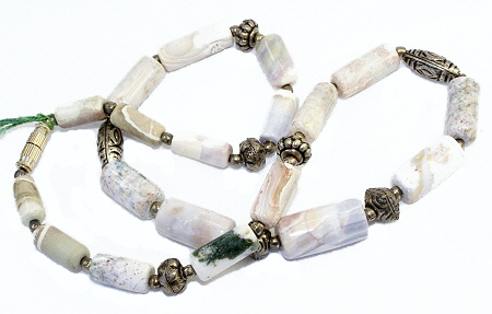 Design 10982: white,green,gray,silver agate necklaces