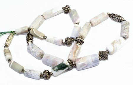 Design 10982: white,green,gray,silver agate necklaces
