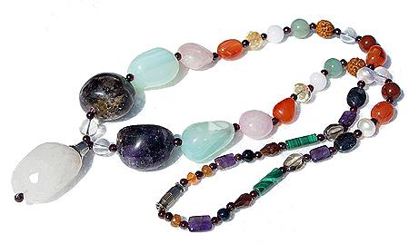 Design 11358: multi,purple,green multi-stone chunky necklaces