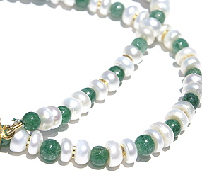 Design 11504: green,white aventurine simple-strand necklaces