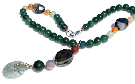 Design 11520: multi,green multi-stone chunky necklaces