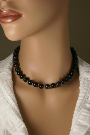 Design 11828: Blue goldstone necklaces