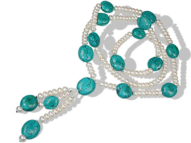 Design 12642: green,white pearl brides-maids necklaces