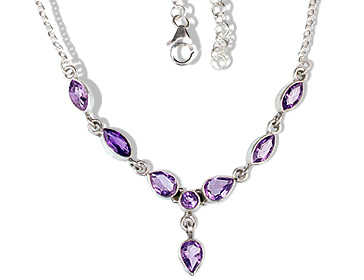 Design 12689: purple amethyst brides-maids necklaces