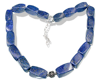 Design 12760: blue lapis lazuli chunky necklaces