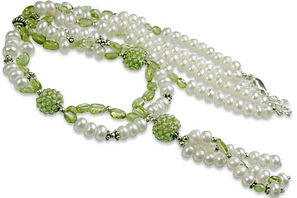 Design 13285: green,white pearl classic necklaces