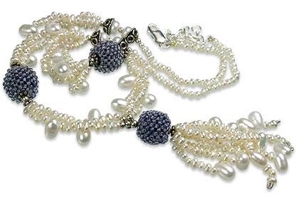 Design 13286: blue,white pearl classic necklaces