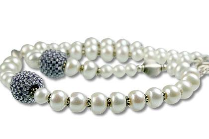 Design 13297: blue,white pearl necklaces