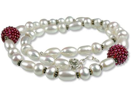Design 13303: multi-color multi-stone necklaces