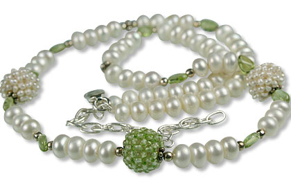 Design 13310: green,white pearl classic necklaces