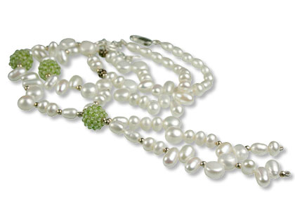 Design 13313: green,white pearl classic necklaces