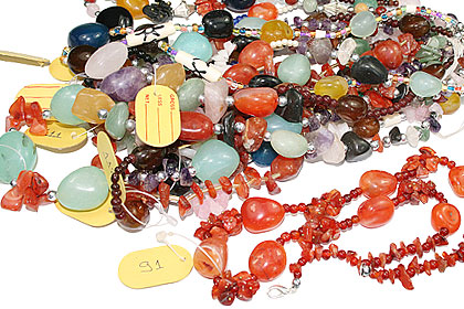Design 15263: multi-color bulk lots necklaces