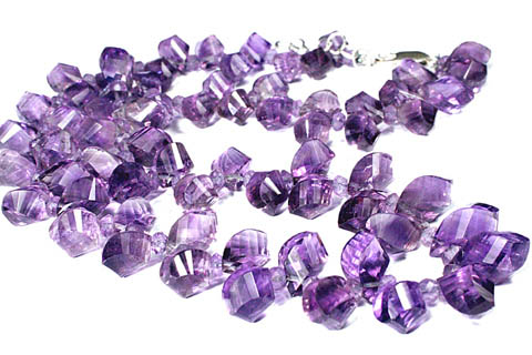 Design 9236: purple amethyst necklaces