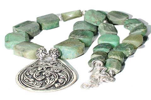 Design 9752: Green chrysoprase chunky, ethnic necklaces