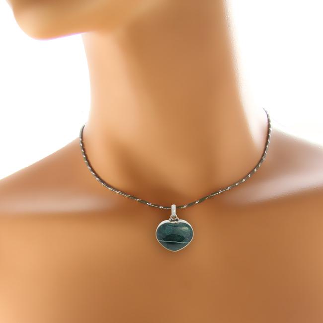 Design 20941: green bloodstone pendants