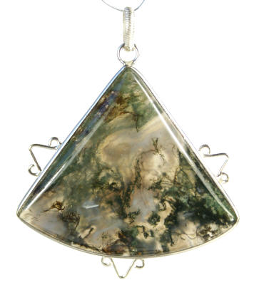 Design 9244: green,white moss agate pendants