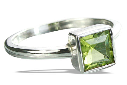 Design 14327: green peridot rings
