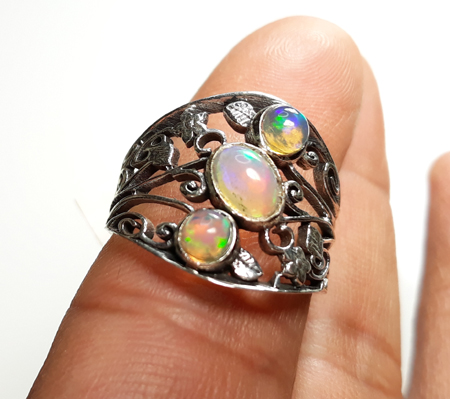 Design 22153: green,orange,yellow opal rings