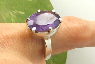 Design 7231: purple amethyst contemporary, solitaire rings