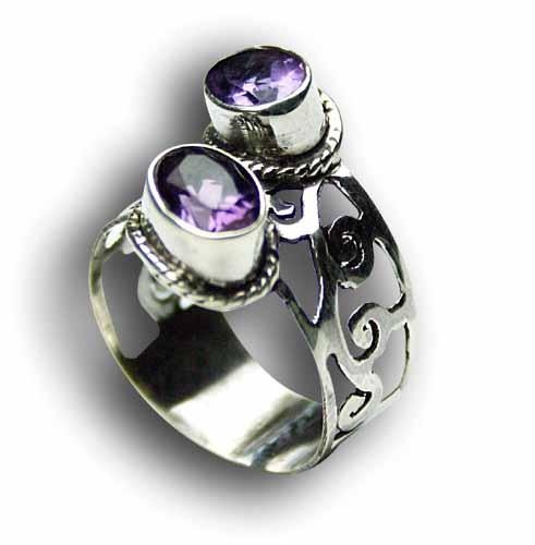 Design 8167: purple amethyst rings