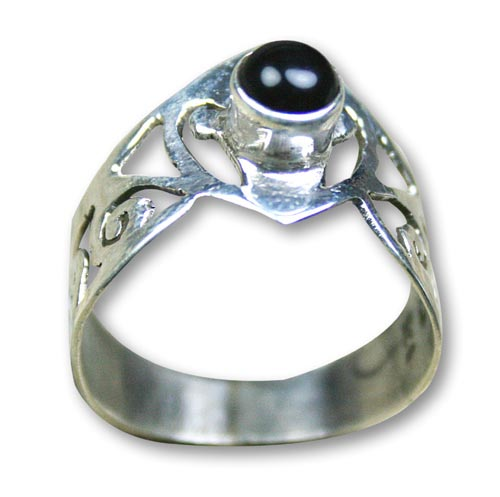 Design 8283: black onyx rings