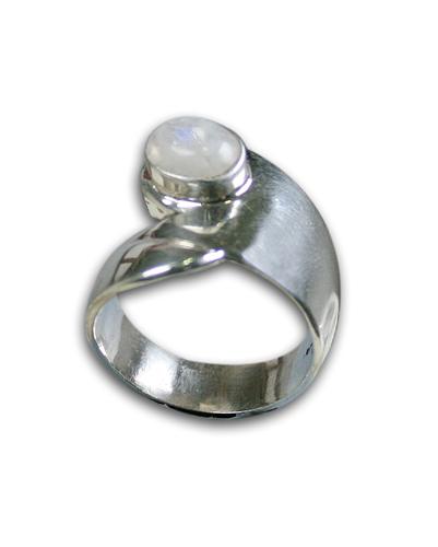 Design 8562: white moonstone rings