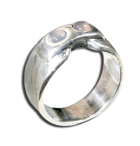Design 8568: White moonstone rings