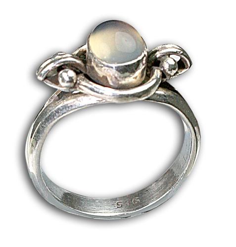 Design 8657: White moonstone rings