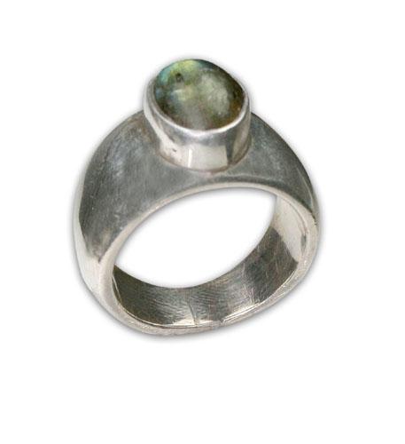 Design 8701: green labradorite rings
