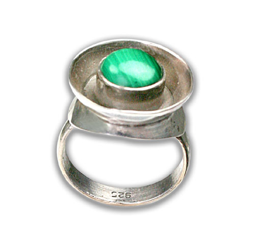 Design 8711: green malachite rings