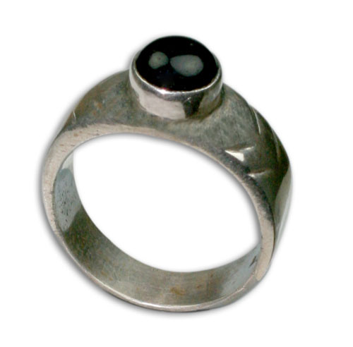 Design 8721: black onyx rings