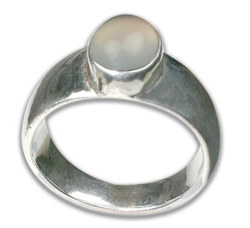 Design 8731: white chalcedony rings