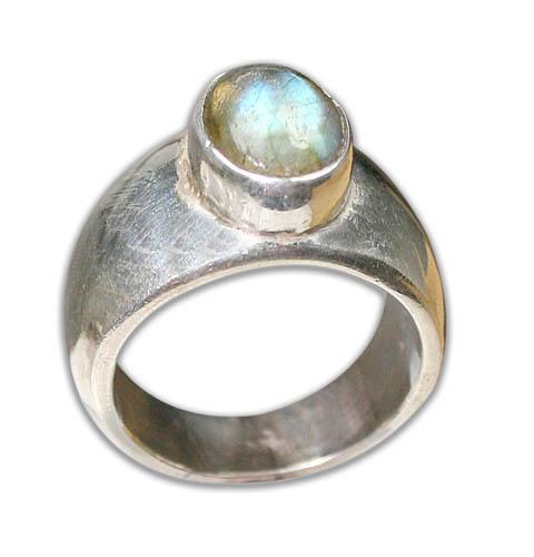 Design 8734: Green labradorite rings