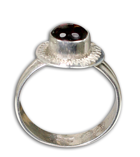 Design 8835: red garnet rings