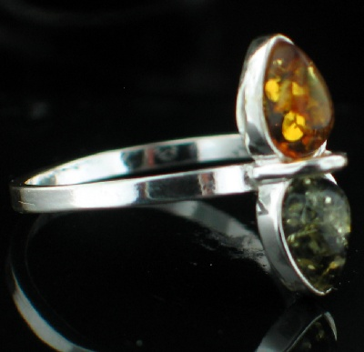 Design 8896: green,yellow amber contemporary rings