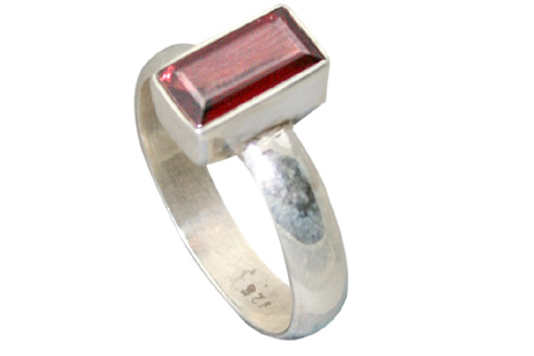 Design 9189: red garnet contemporary rings