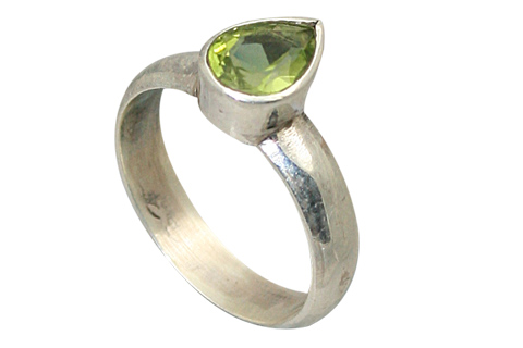 Design 9194: green peridot rings